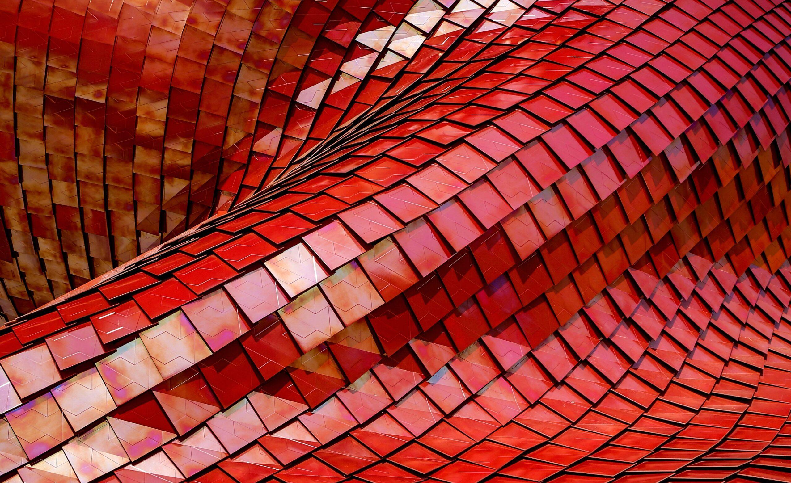 czerwone kwadratowe kafelki