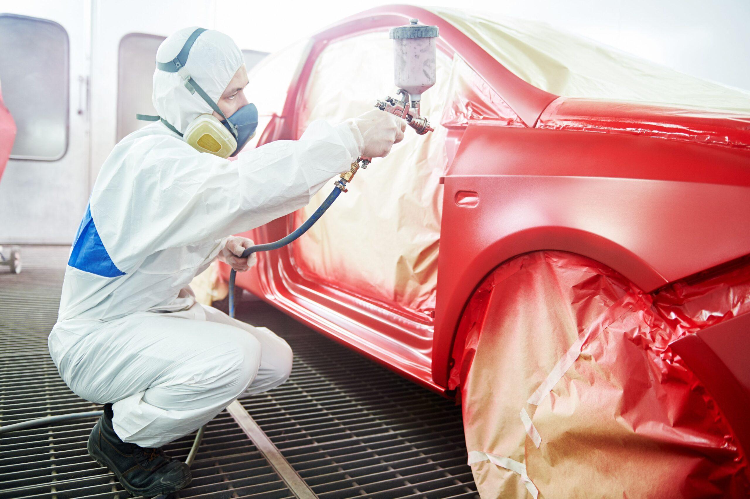 lakierowanie samochodu na kolor czerwony